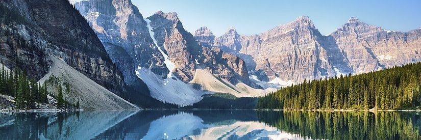 Landscape shot of Moraine Lake in Alberta