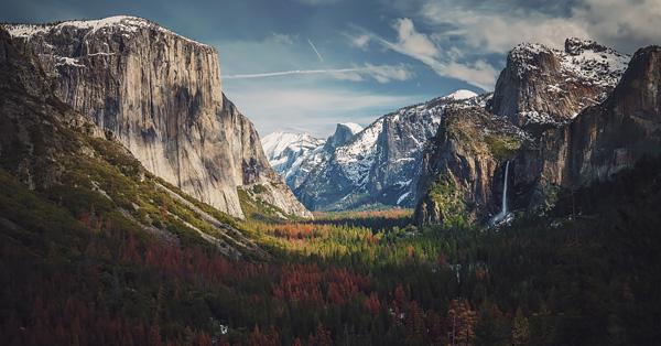 Landscape shot of Yosemite National Park